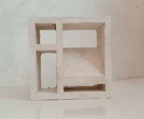 Roster Putih Lubang 4 Minimalis